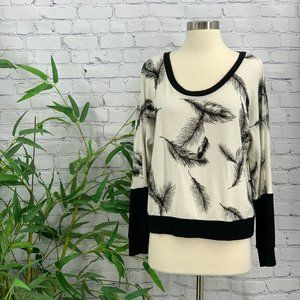Andrea Jovine White w/ Black Feathers Sweater